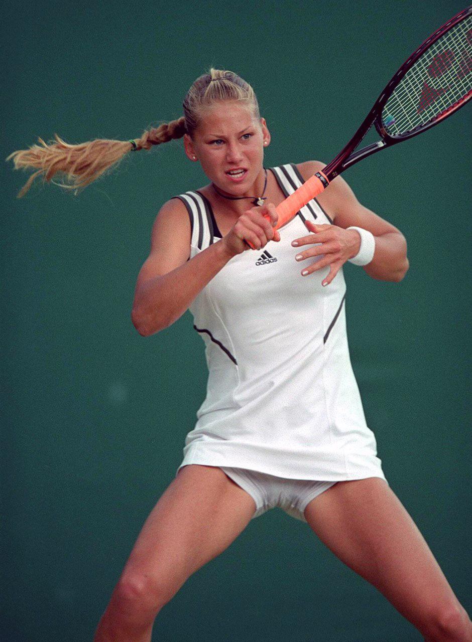 У теннисистки под юбкой 16 фотография